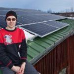 """""""Minä haluan tehdä jotain, jollain sähkö on tuotettava. Tämä on lisäksi taloudellisesti kannattavaa!"""", toteaa Timo Miettinen. Kuva: Aapo Väänänen."""